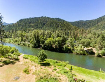 Grants Pass Waterfront Homes For Sale